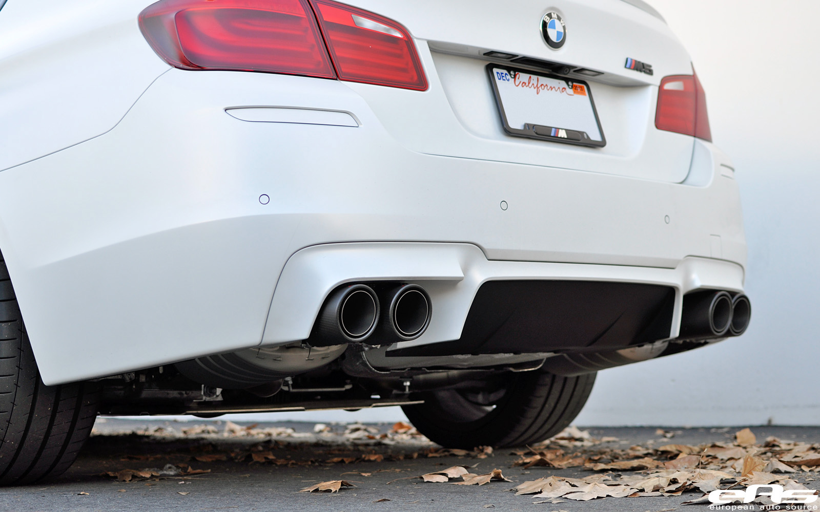 8380252753 a779825b1d Frozen White BMW F10 M5 Akrapovic Evolution Exhaust 24