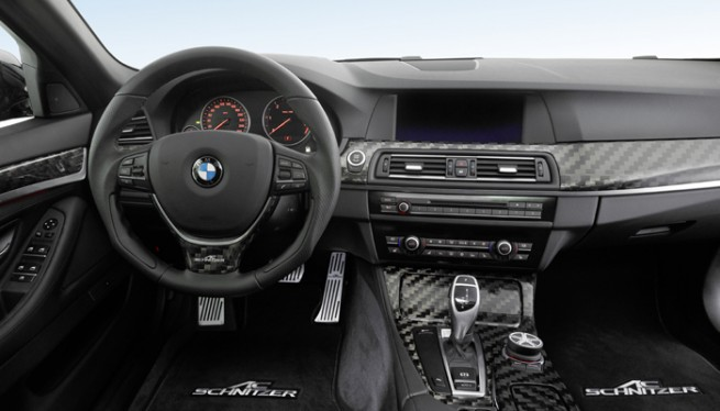 ACS5_touring_interior_700x400_05