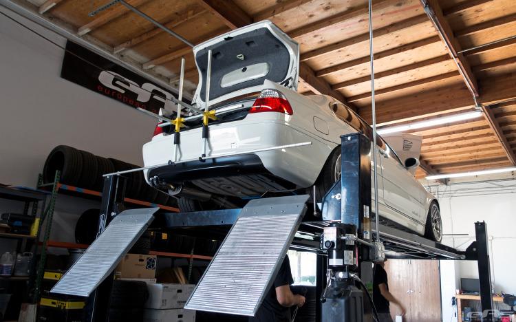 Alpine White BMW E46 330Ci Tuning Build