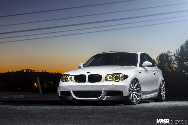 Alpine White BMW E82 135i With VMR Wheels 1 750x499