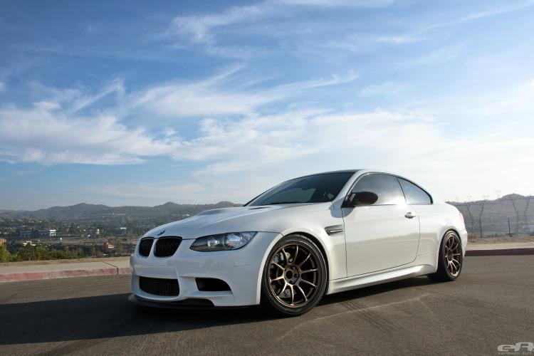 Alpine White BMW E92 M3 Project 1 750x500