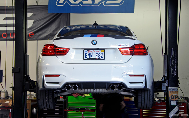 Alpine White F82 M4 Featured In BMW NA SEMA Booth 2 750x468