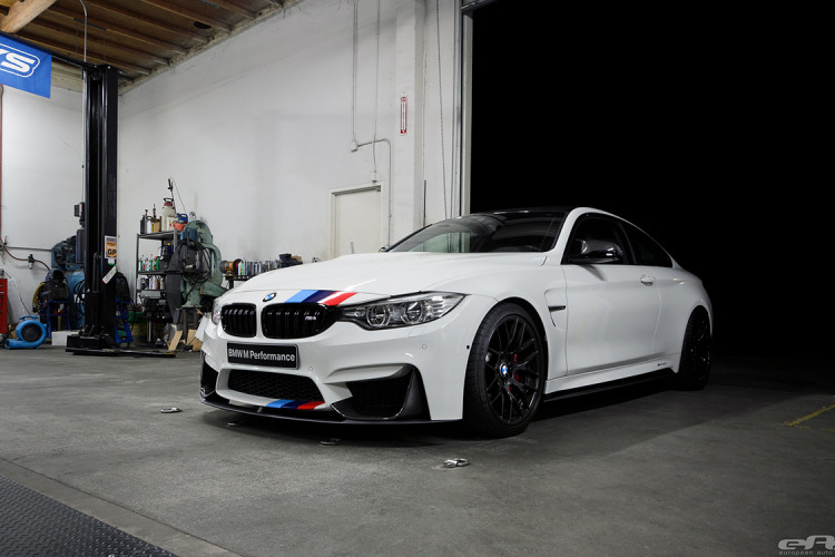 Alpine White F82 M4 Featured In BMW NA SEMA Booth 5 750x500