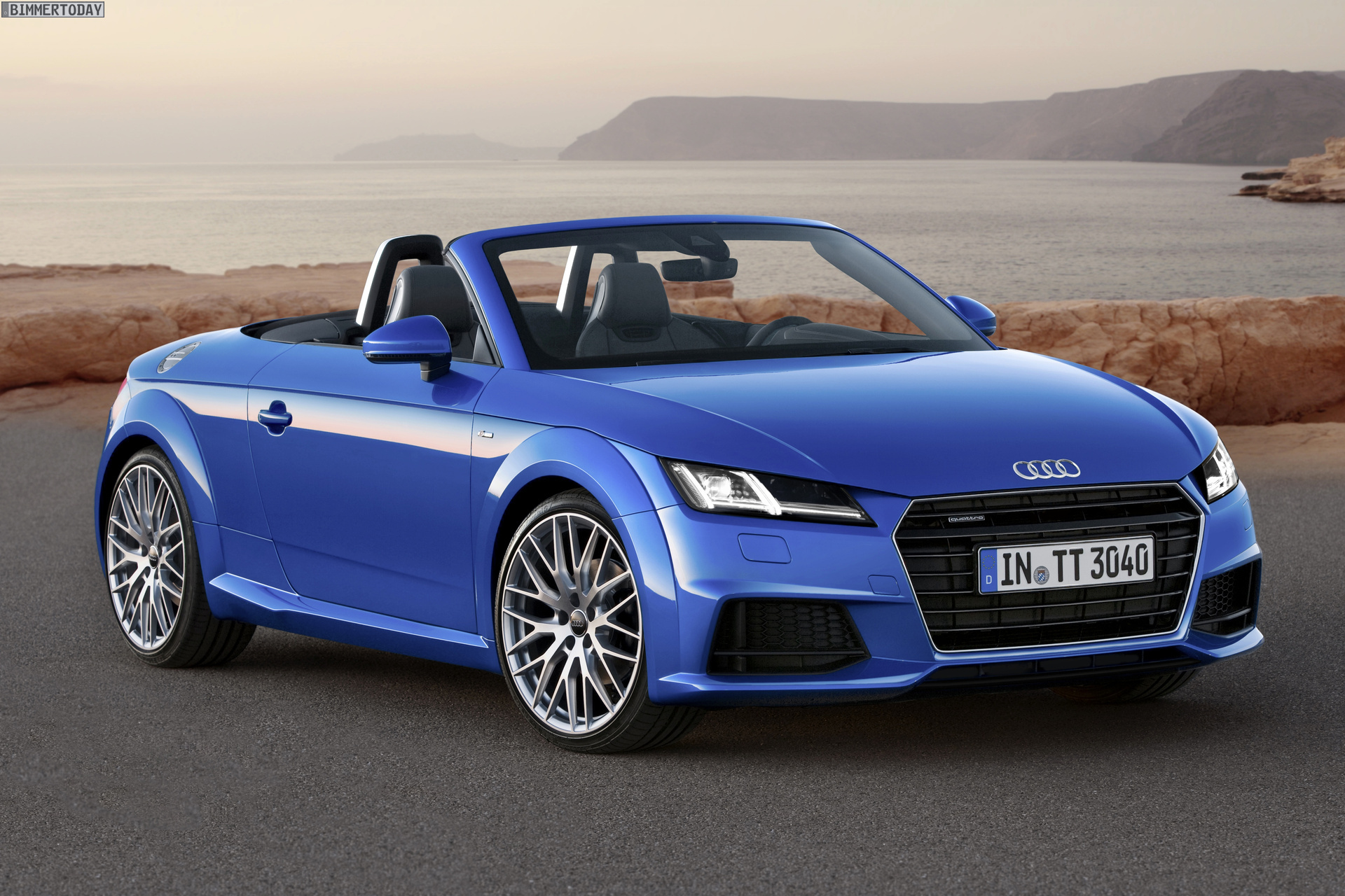 Audi TT Roadster Paris Autosalon 2014 01