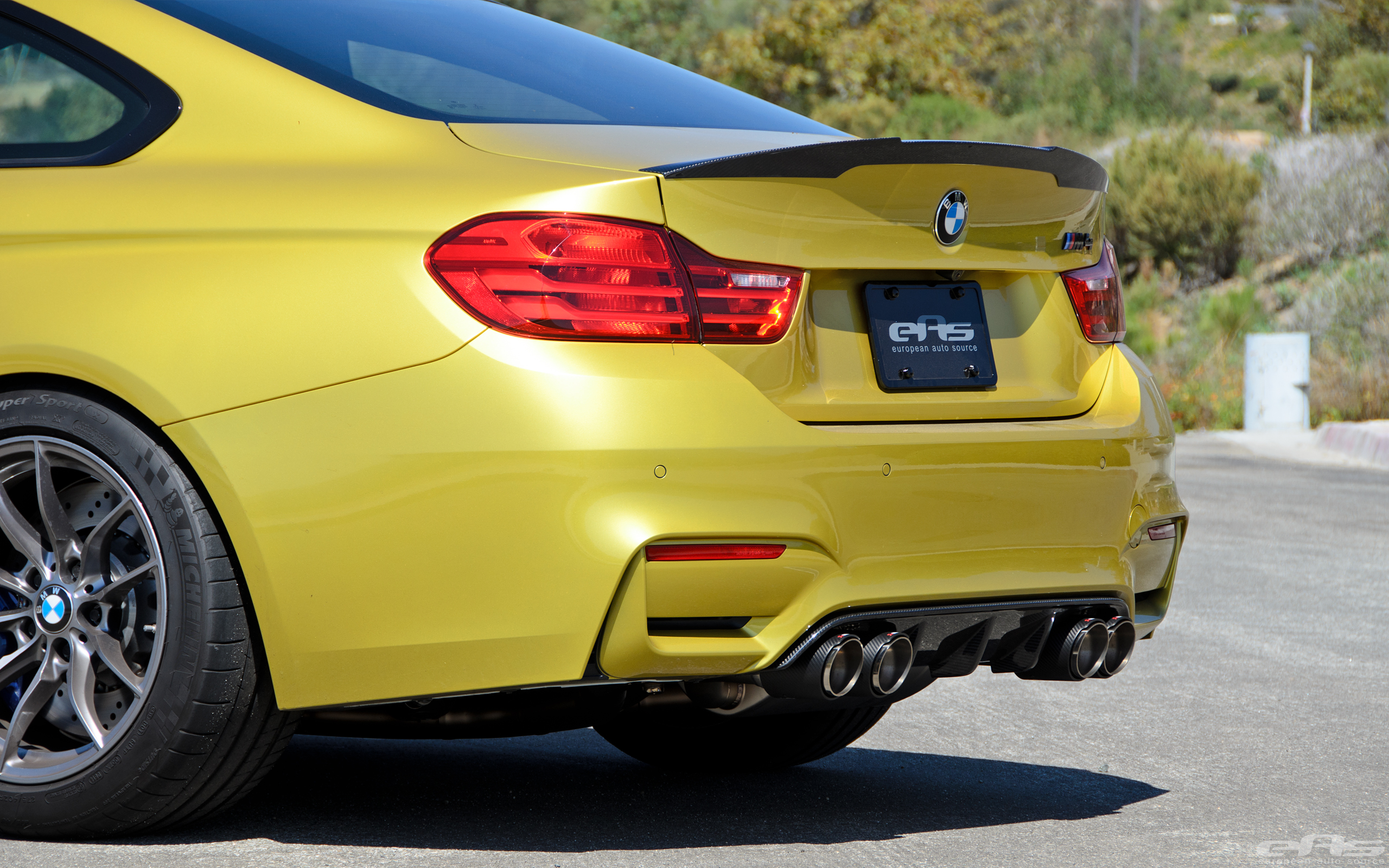 Austin Yellow BMW F82 M4 Coupe Build By EAS 32