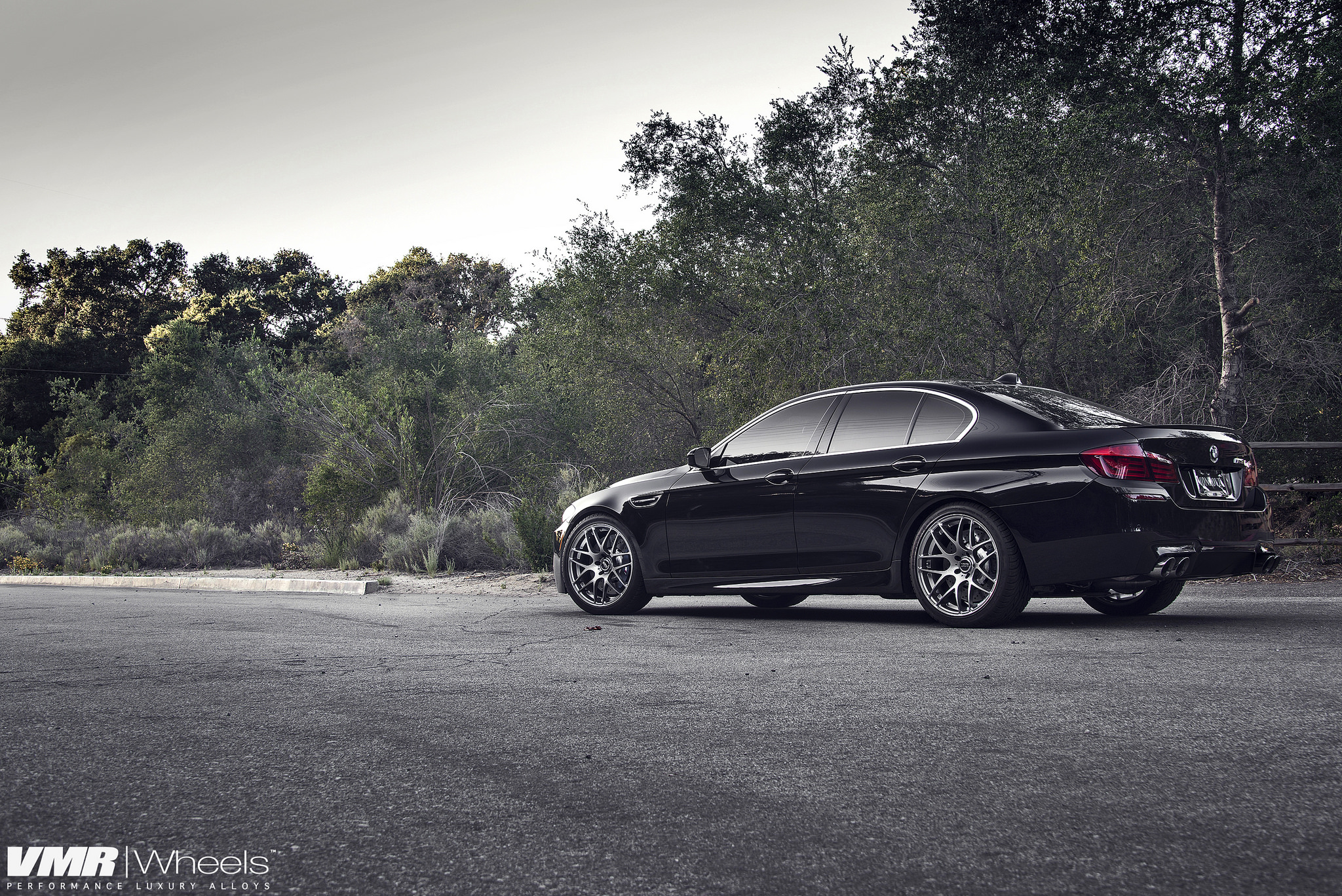 Azurite Black BMW F10 M5 Is A Definition of Beautiful 5