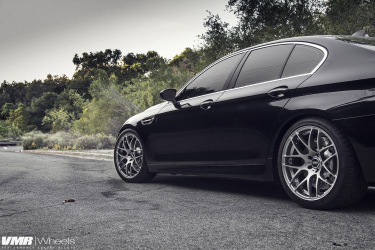 Azurite Black BMW F10 M5 Is A Definition of Beautiful 9 750x500