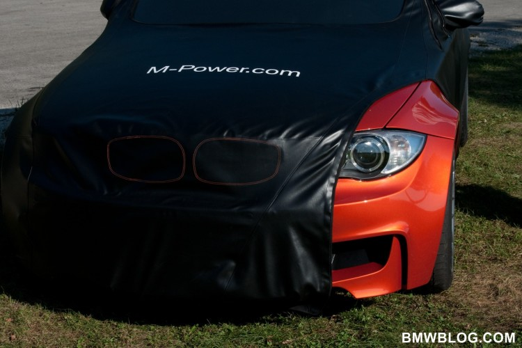 BMW 1 Series M 1M 750x500