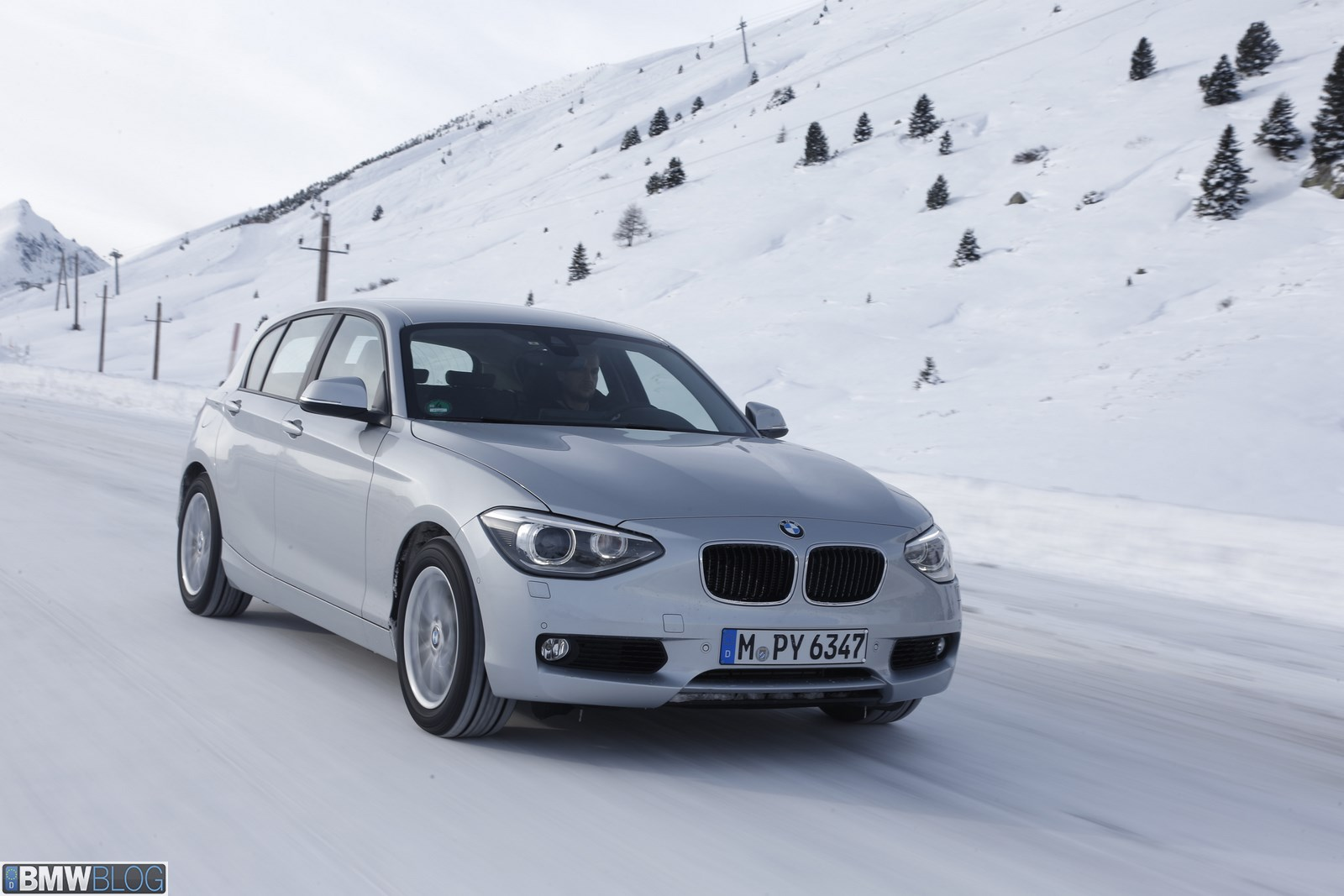 BMW 118d xDrive 02