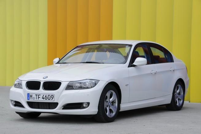 BMW-320d-EfficientDynamics-6