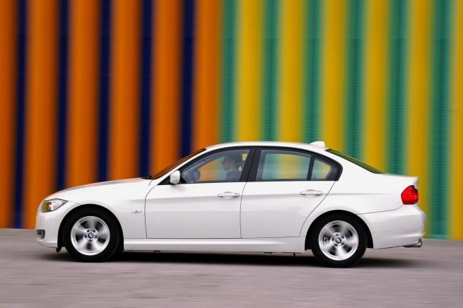 BMW-320d-EfficientDynamics-7