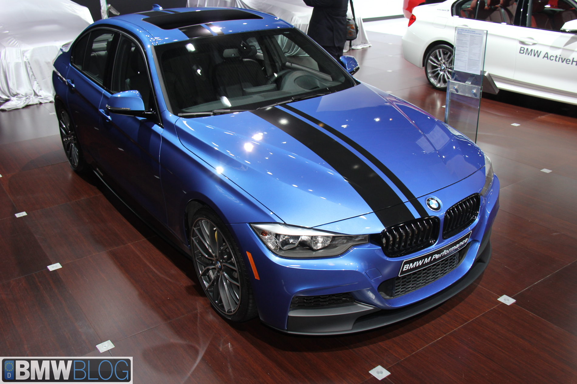 2013 nyias bmw 328i m performance parts. Black Bedroom Furniture Sets. Home Design Ideas