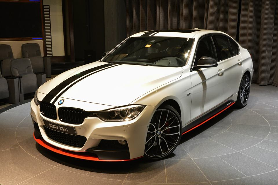 bmw m performance 3 series with tuning accessories and 340 hp. Black Bedroom Furniture Sets. Home Design Ideas