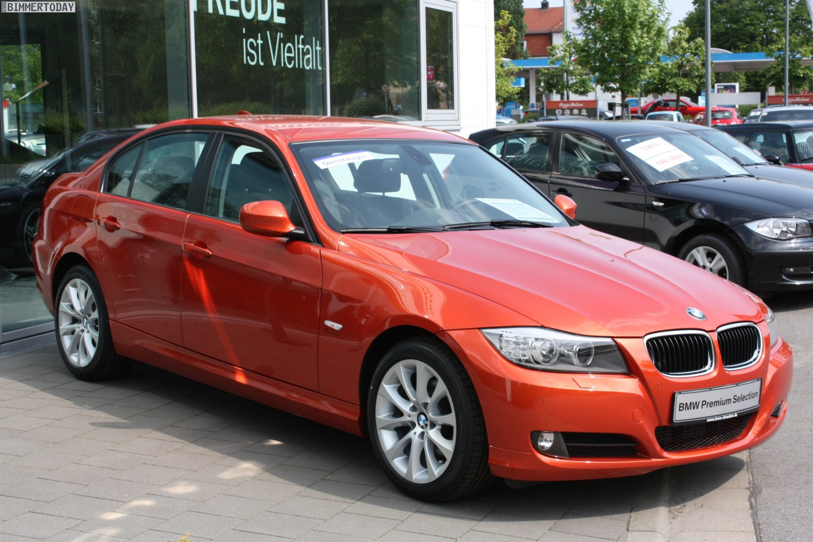 Bmw 3 Series E90 In Valencia Orange Color