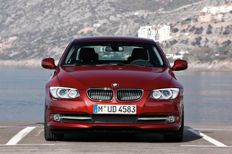 BMW 3er E92 LCI 18 750x500