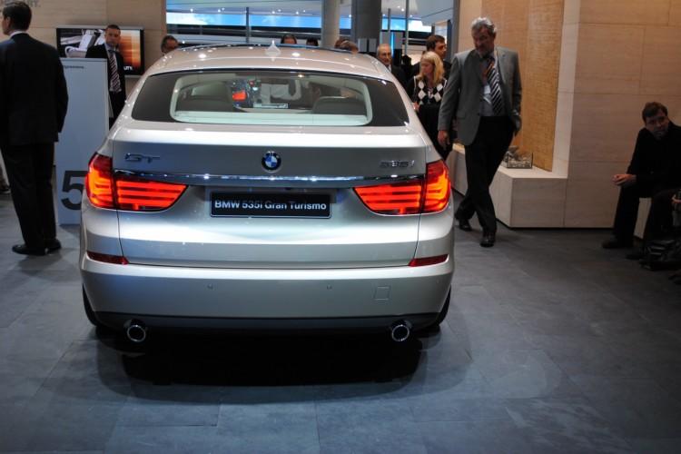 BMW 5 Series GT frankfurt 331 750x500