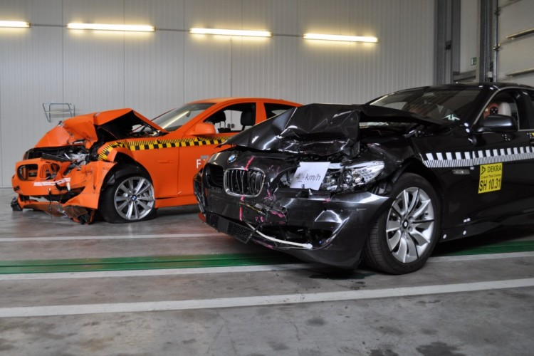BMW 5 Series crash test 750x500
