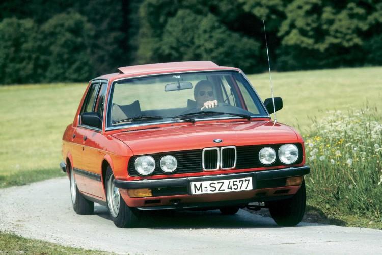 BMW 524td 1983 1600x1200 wallpaper 01 750x500