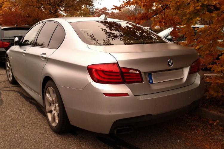 BMW 550i F10 Frozen Silver 02 750x500