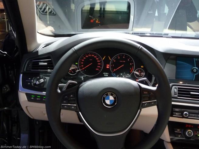 BMW 5er F10 Interieur 23 655x491