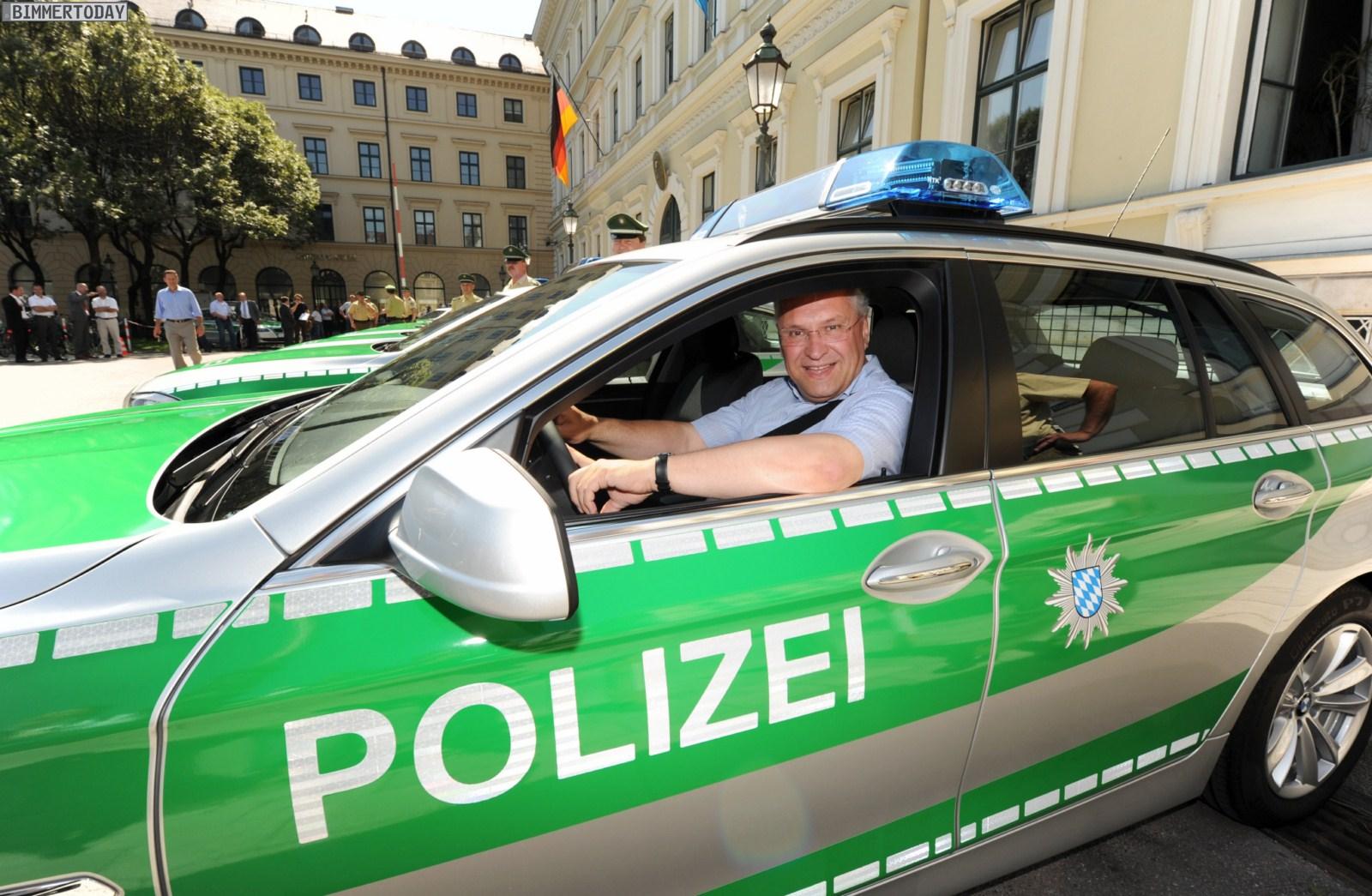 BMW 5er Touring F11 Polizei Muenchen 01
