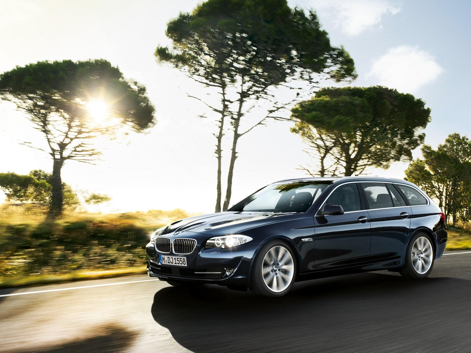BMW 5er Touring F11 Wallpaper 0521