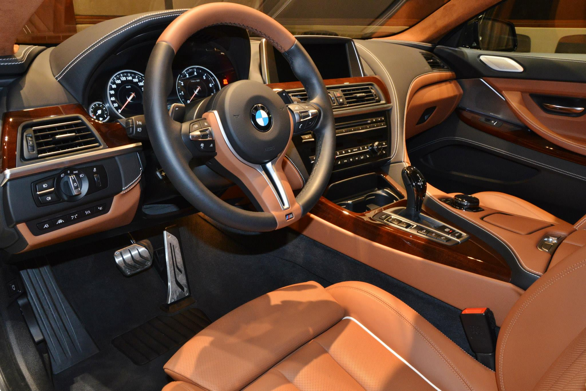 BMW 6er Gran Coupe Pearl Edition 01
