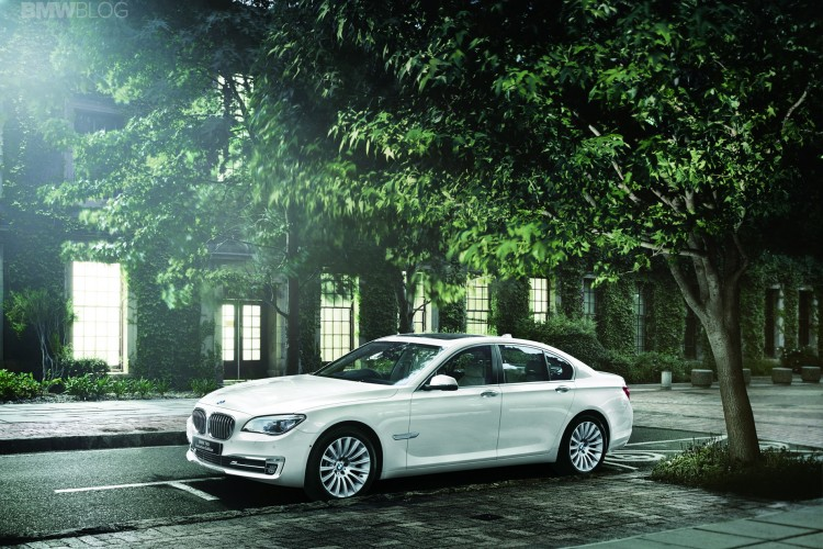 BMW 740i Executive Edition Model 03 750x500