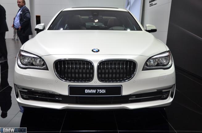 BMW 750i individual 01 655x433