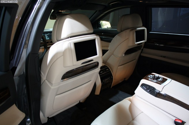 BMW 760i F03 High Security Genf 2011 Interieur 02 655x436
