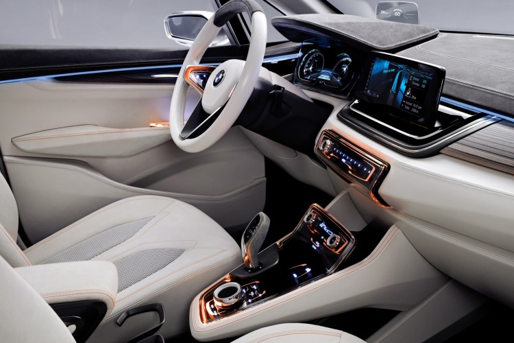 BMW Active Tourer Concept interior 0611 750x500