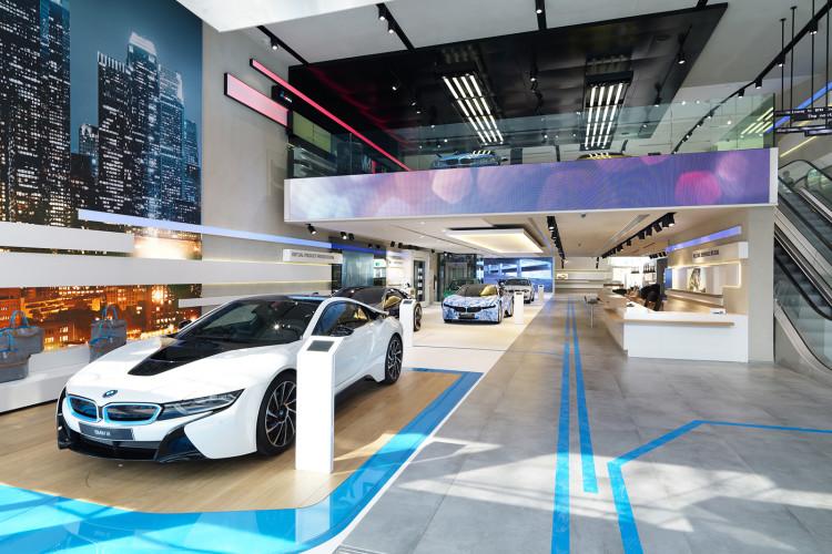 BMW Brand Store 3 750x500