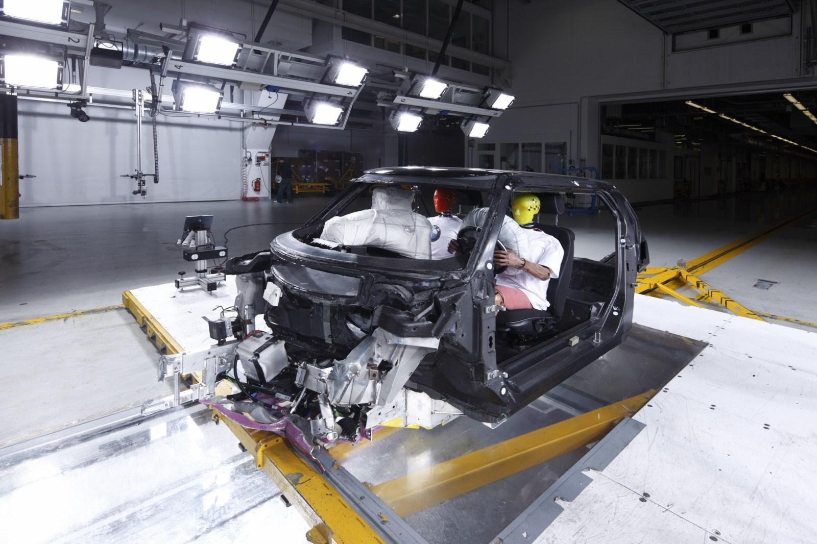 BMW Carbon Fahrgastzelle Crash Versuchstraeger Project i 071