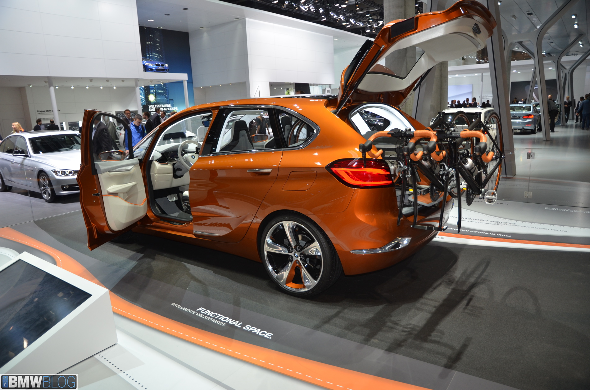 BMW Concept Active Tourer Outdoor 011
