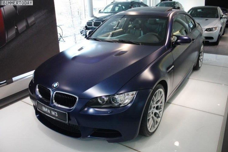 BMW Frozen Dark Blue Metallic M3 E92 01 750x500