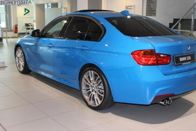 BMW Individual Pure Blue 330d F30 M Sportpaket 3er blau 02 655x436