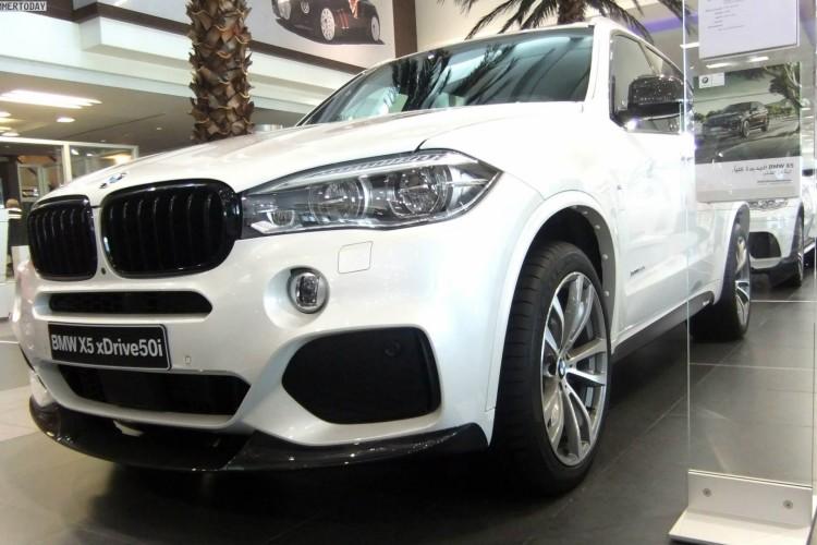 BMW M Performance X5 F15 xDrive50i Tuning Zubehoer SUV 02 750x500