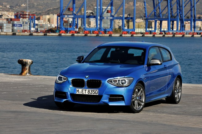 BMW M135i photos 35 655x436