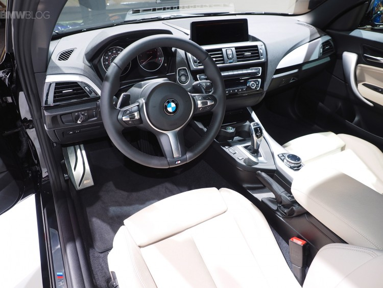 BMW-M235i-Convertible-images-09