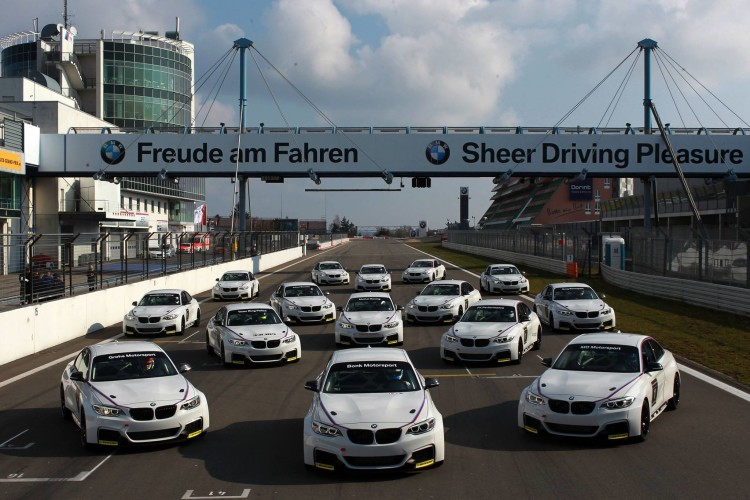 BMW M235i Racing VLN 750x500