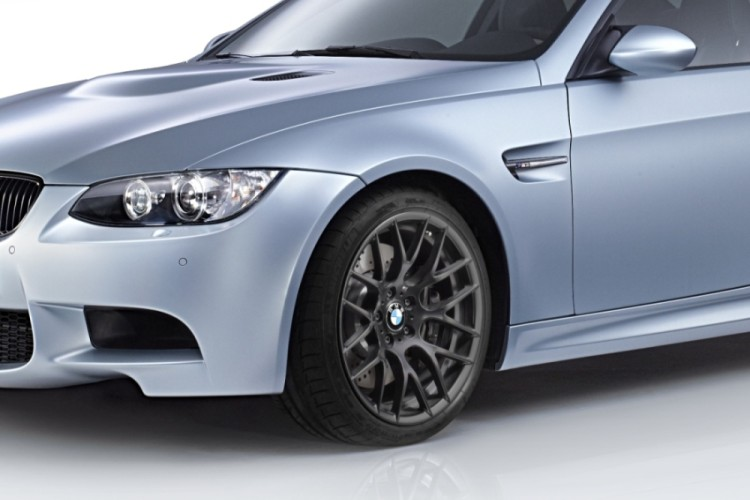 BMW M3 Coupé Frozen Silver Edition 1 750x500