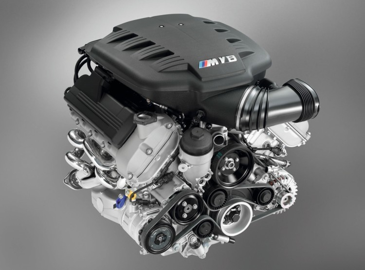 BMW-M3-S65-Engine