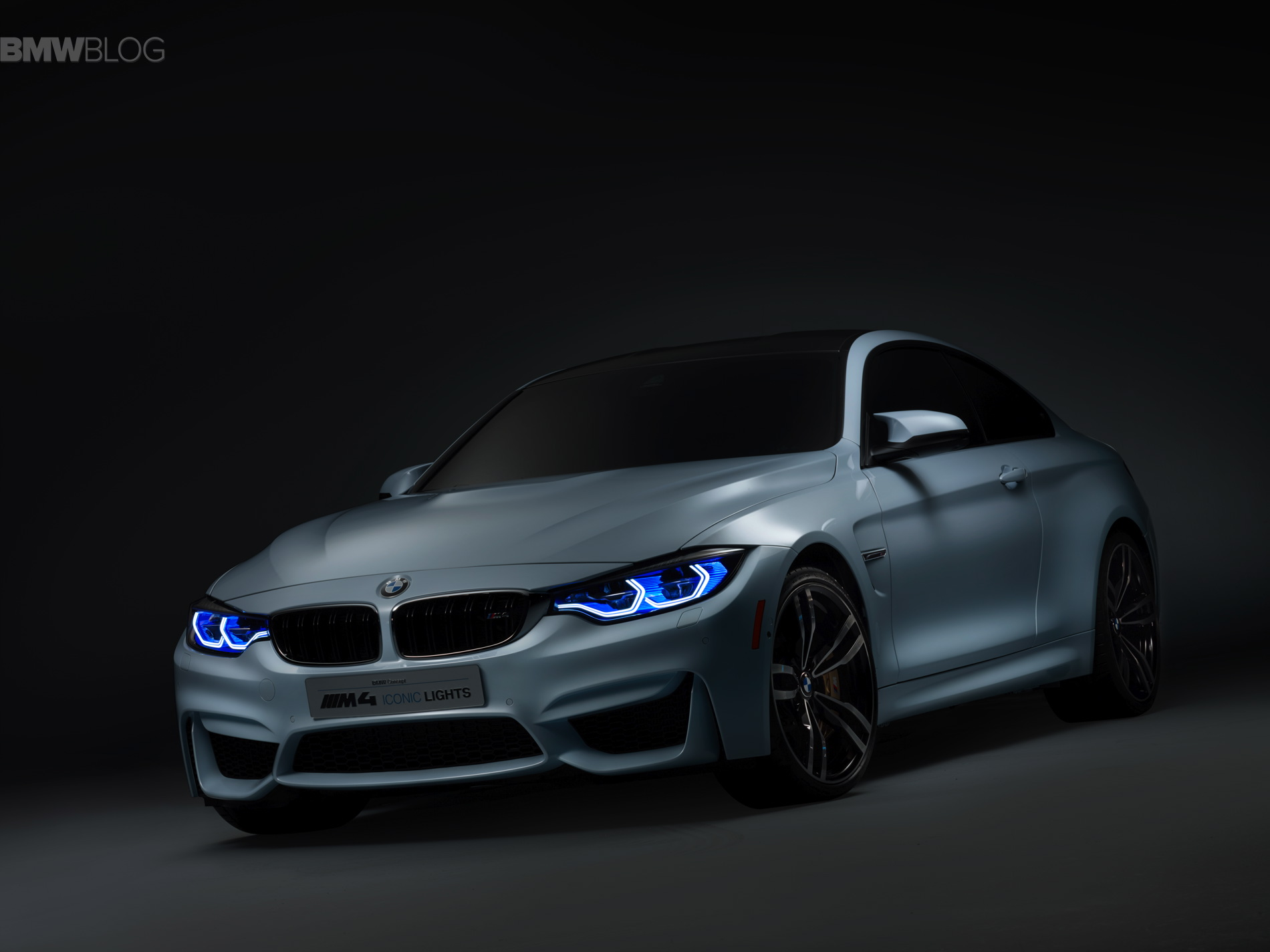World Premiere Bmw M4 Concept Iconic Lights