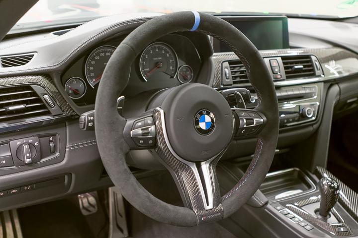 BMW-M4-DTM-Champion-Edition-2014-Marco-Wittmann-Innenraum-1