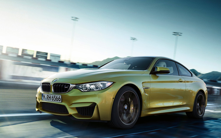 BMW-M4-F82-Coupe-Wallpaper-1920-1200-04