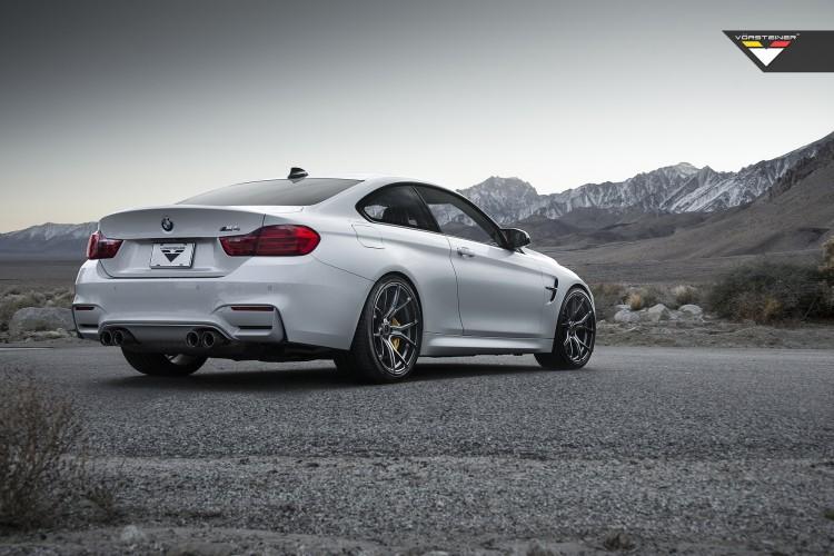 BMW M4 With Vorsteiner FlowForged V-FF 103 Wheels