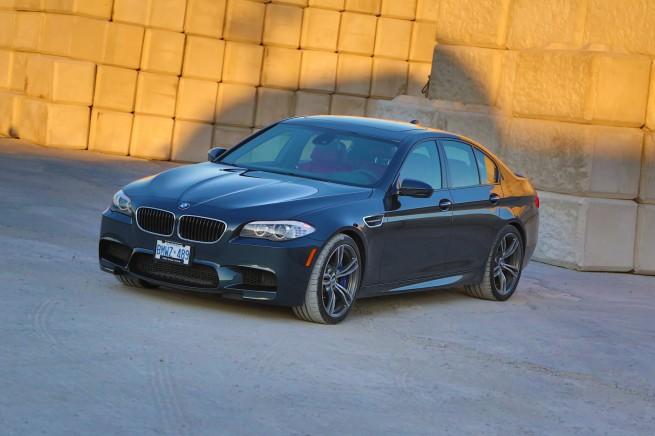 BMW M5 26 655x436