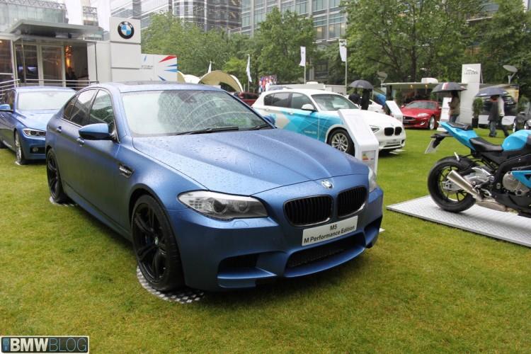 BMW M5 frozen blue 750x500