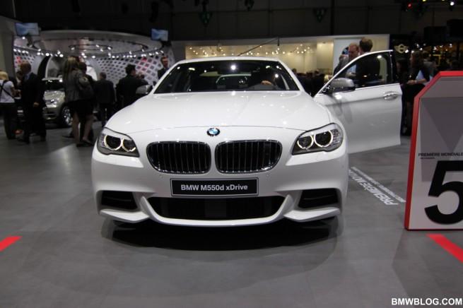 BMW M550d xDrive 29 655x436