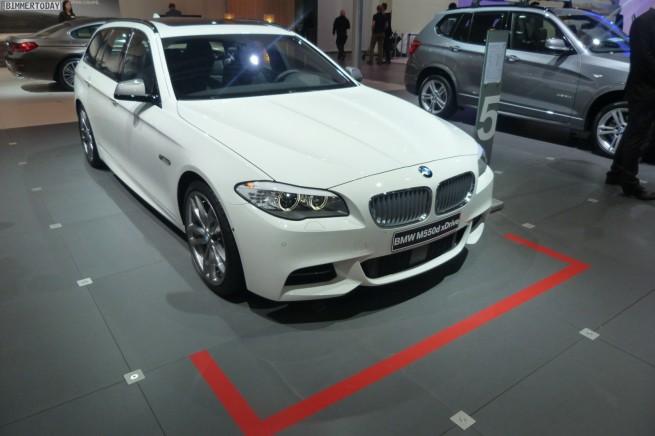 BMW M550d xDrive Touring F11 AMI Leipzig 2012 04 655x436